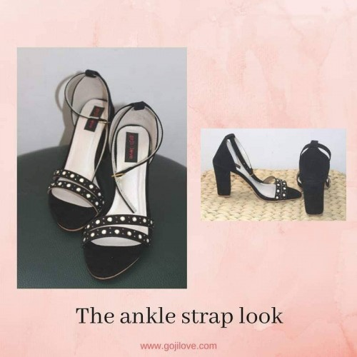A Calling - Ankle strap look
