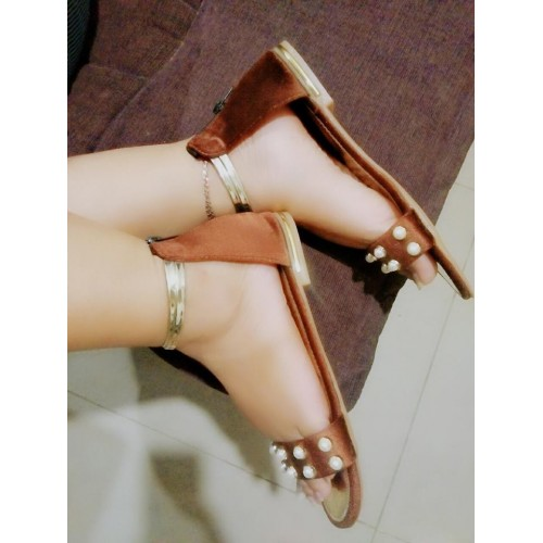 Dewy pearl studded gladiator sandals